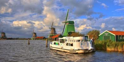 שייט תעלות עצמאי בהולנד