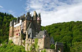 נהרות וטירות אירופה
